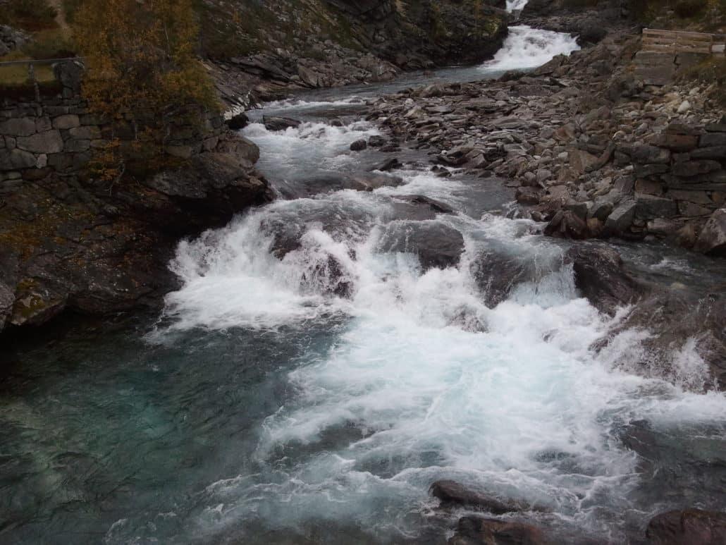 gesundes und natürliches wasser durch wasserenthärtung